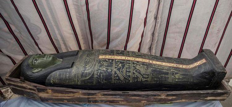 Nuova straordinaria scoperta a Saqqara: sarcofagi risalenti a 3000 anni fa