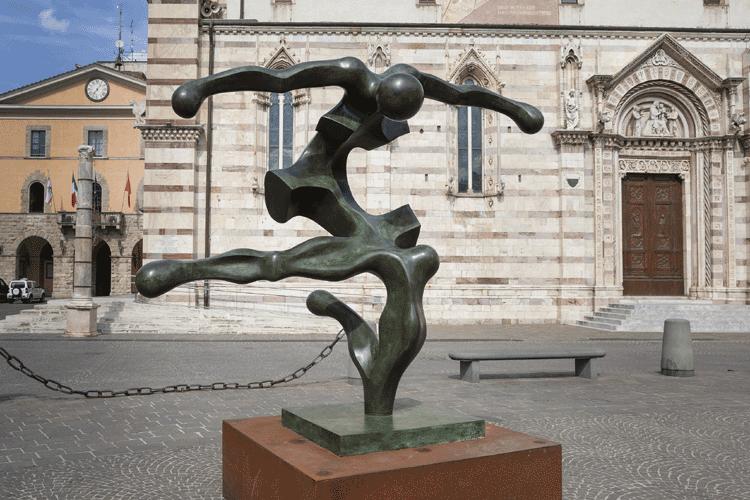 Grosseto, sei grandi sculture di Sauro Cavallini in mostra all'aperto per omaggiare Dante