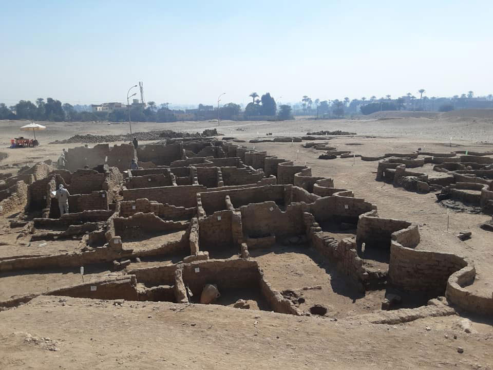 Egitto, scoperta la città perduta di Aten. È la più importante scoperta dopo la tomba di Tutankhamon