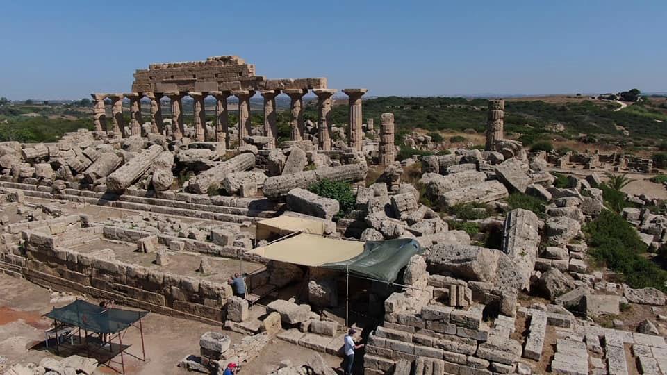 Nuovi importanti ritrovamenti a Selinunte nell'area del santuario urbano