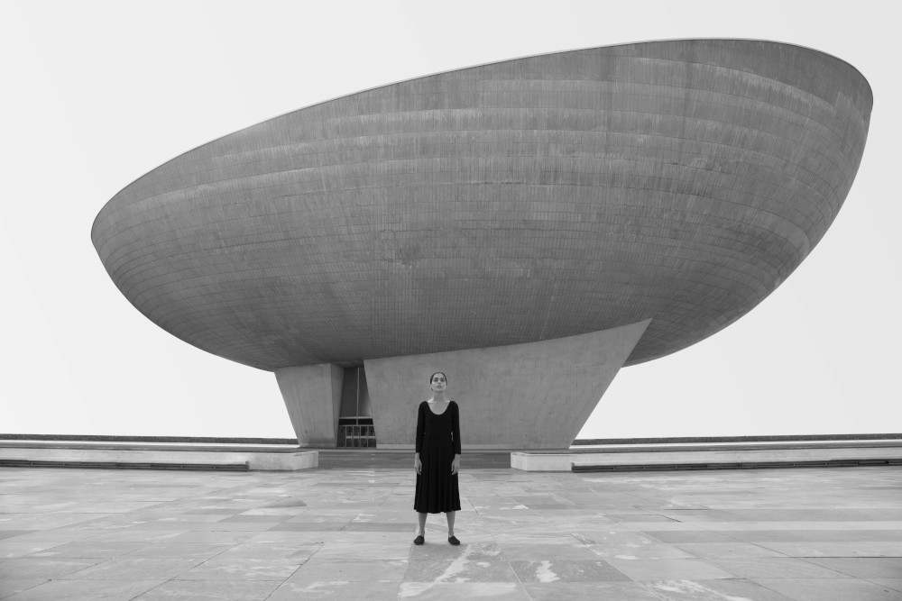 Shirin Neshat presenta la sua trilogia che racconta il mondo dei sogni delle iraniane