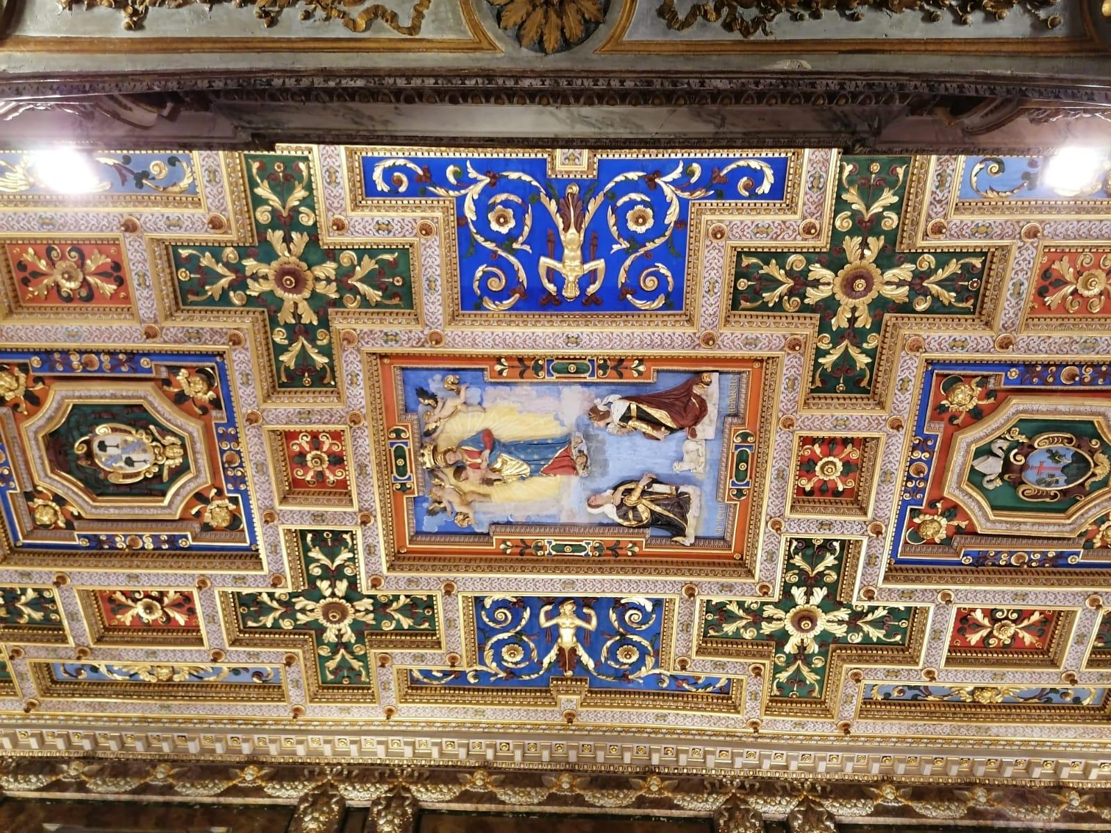 Roma, restaurato il soffitto seicentesco della basilica di Santa Francesca Romana