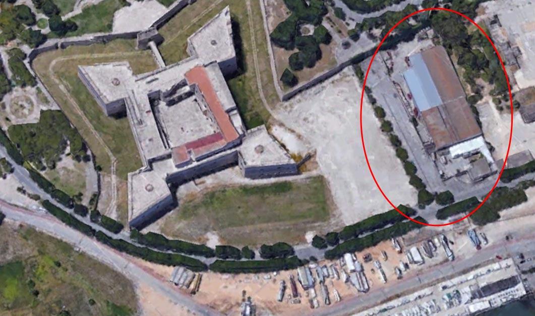 A Barletta stanno costruendo un supermercato Lidl di fianco al Castello svevo. E si protesta
