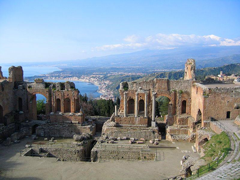 Taormina sarà partner di Procida Capitale Italiana Cultura 2022